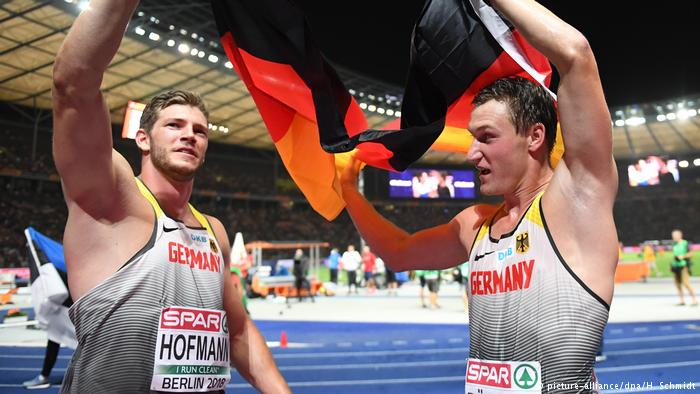 What a great javelin parade in Berlin!